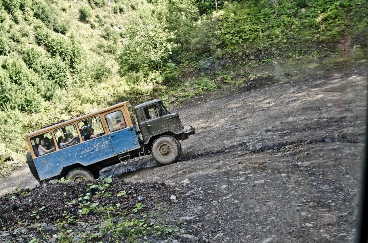 Картинки по запросу газ 66 летом в горах